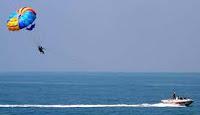 Para sailing in Goa