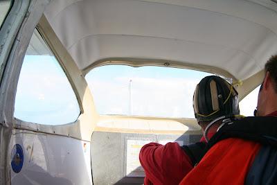 St. Peter-Ording: Fotos eines Tandem-Fallschirmabsprunges über dem ordinger Strand 5