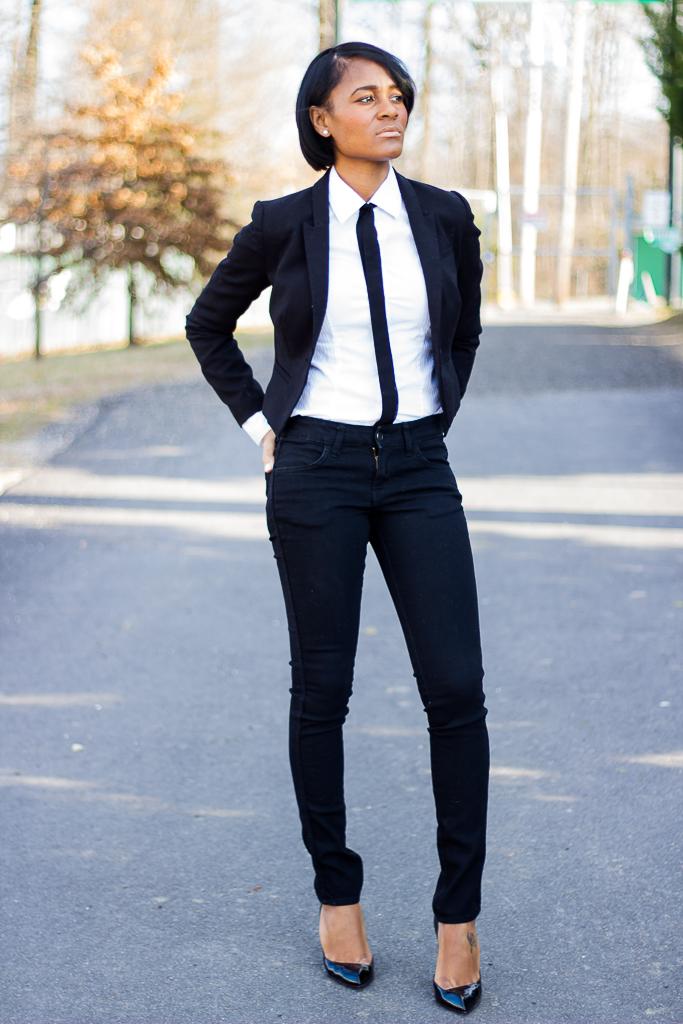 thedaileigh_h&m+blazer_suitandtie_christianlouboutin