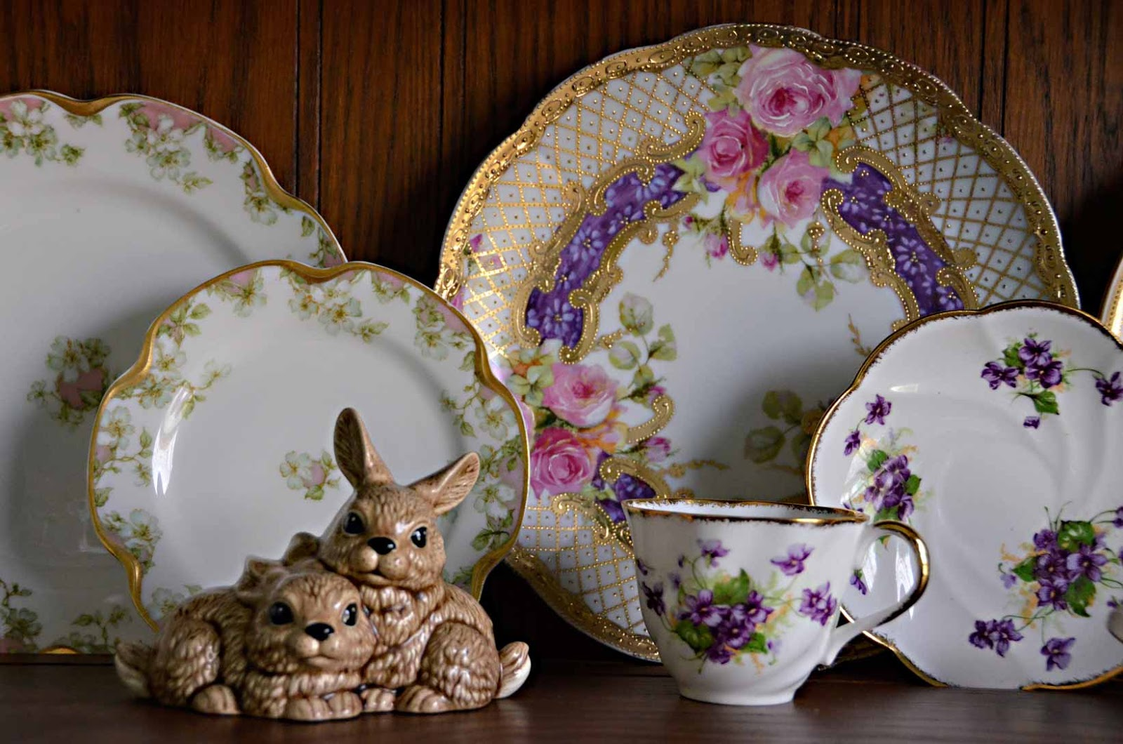 Spring vintage china porcelain plates