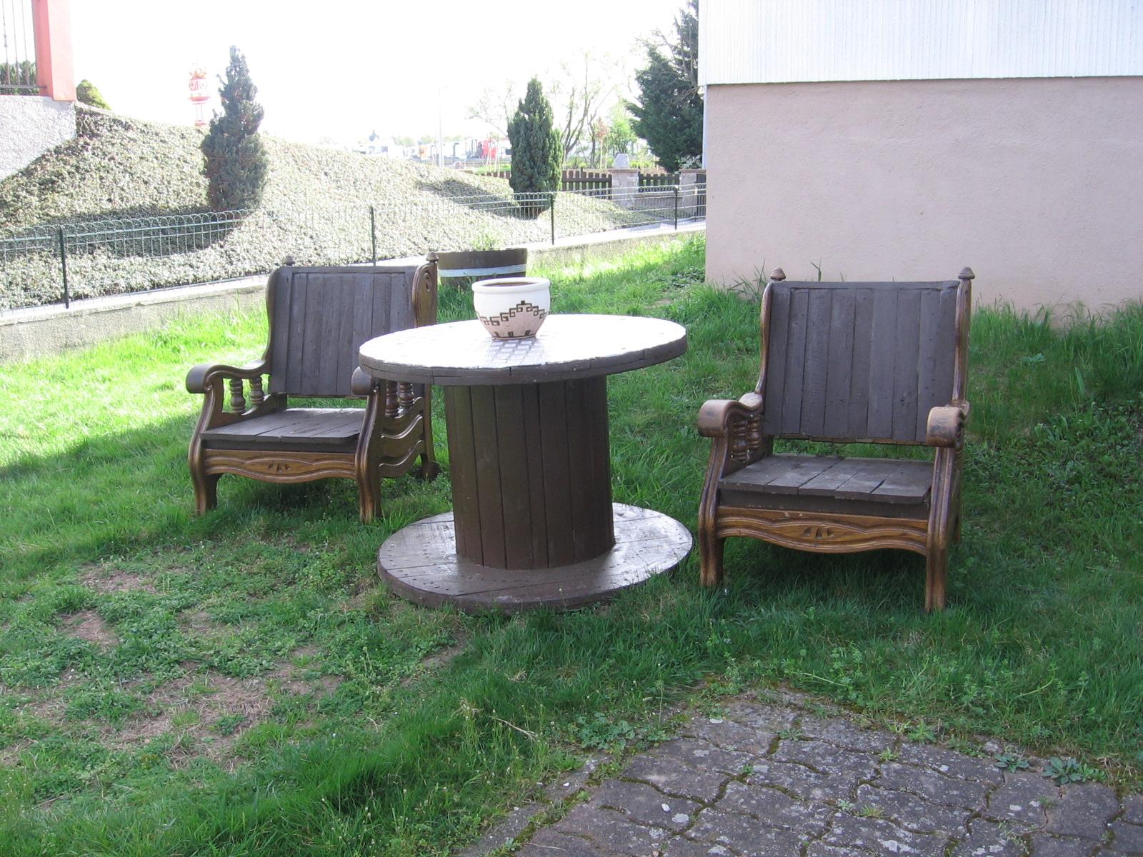 Transformer Un Touret En Table De Jardin. Elegant Lt Dernier Jai Eu ...