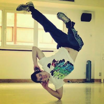 Gonzalo Orellana rubik break dance bboy acrobacia gimnasia freeze increible principe laura inteligencia guapo parkour matemático