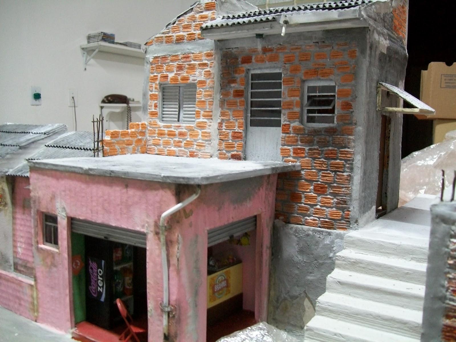 Casa do Imaginário : Como fazer uma Maquete de Favela