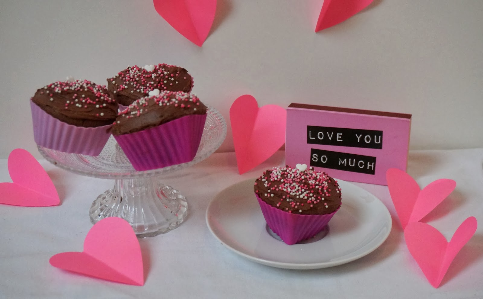 Valentinstag Geschenkidee Herzcupcakes Backen mit Nutella