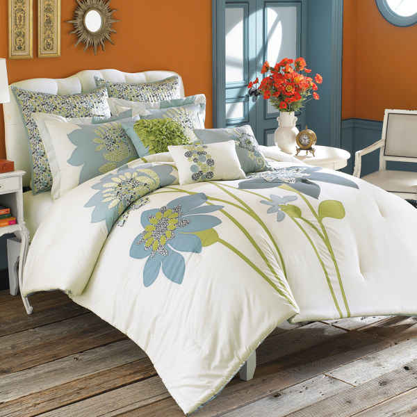 modern furniture contemporary bedding designs 2011