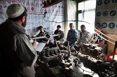 [Gambar] Sekolah Belajar Memandu di Kabul, Afghanistan