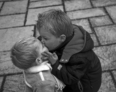 xseeerede2012: pictures of people kissing