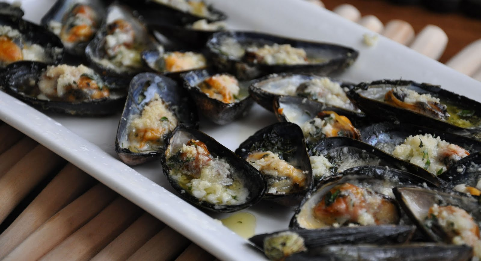 Food So Good Mall: Mussels with Parmesan and Garlic