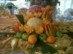 buah carving