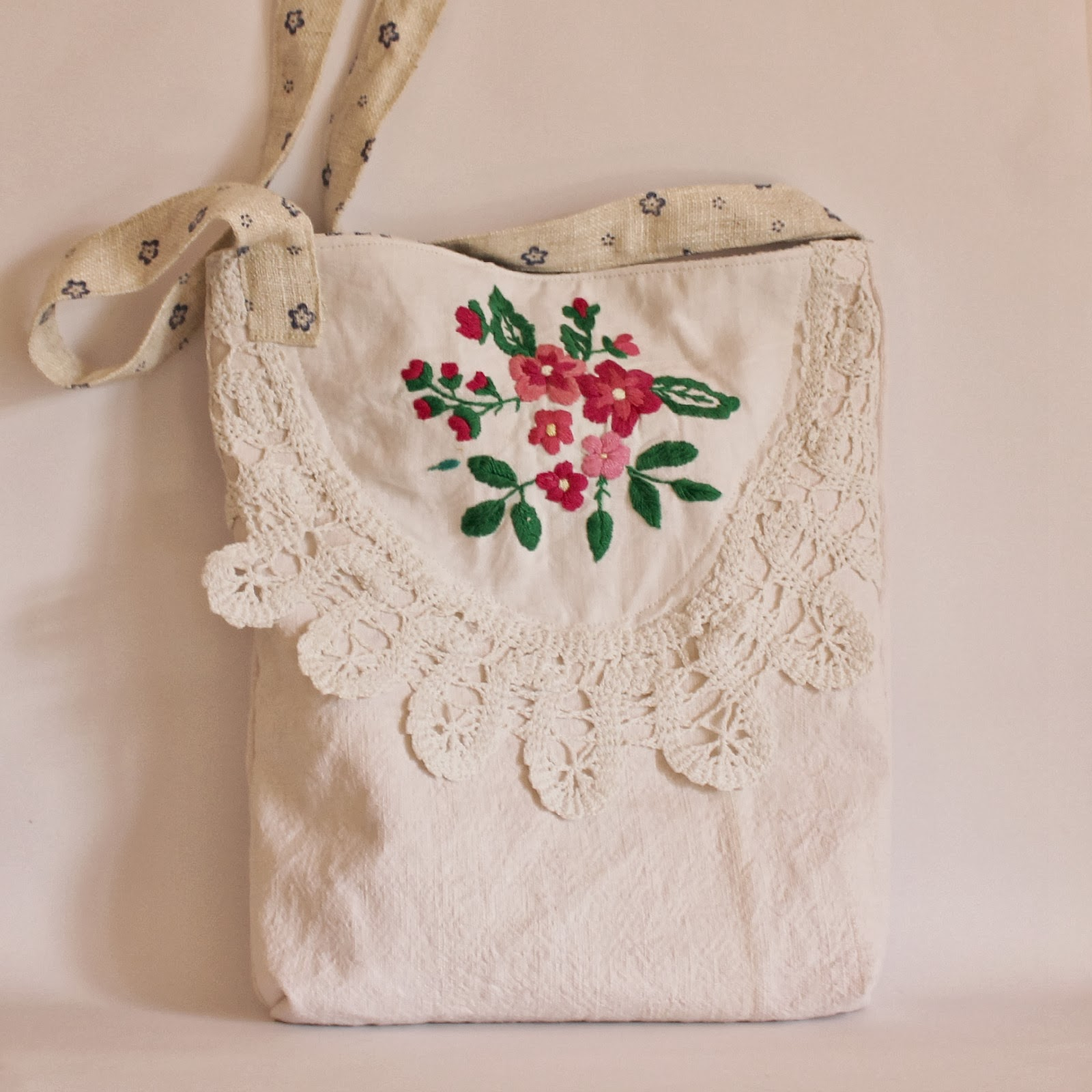 Roxy Creations Vintage Embroidery Bags