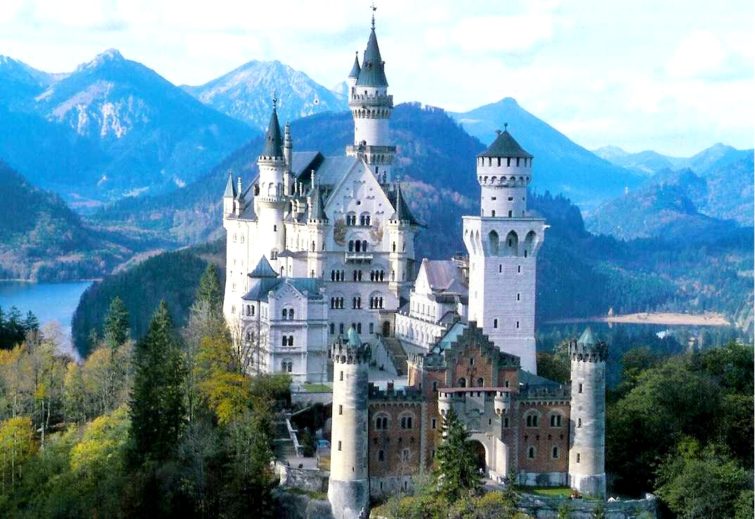 Nice Places Most Beautiful Castles