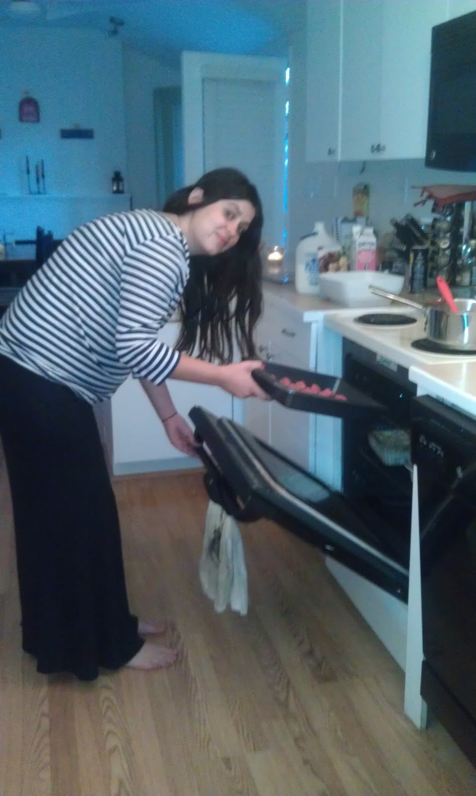 tales of a young mamma pregnant and barefoot in the kitchen