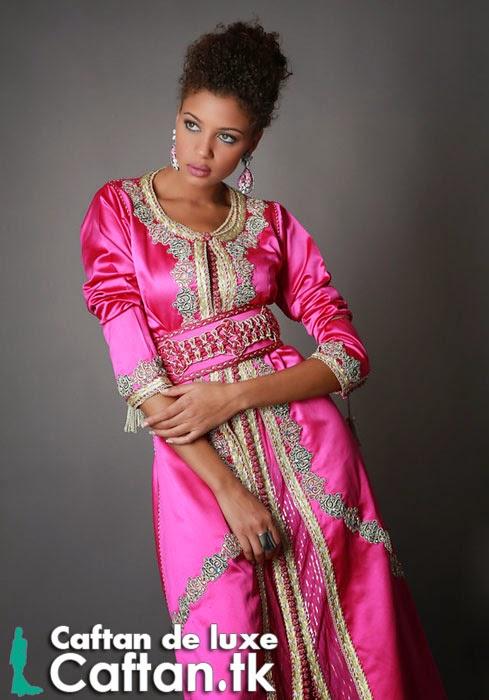 Caftan haute couture rose perlé