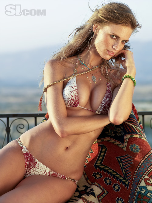 ... Gallery: Julie Henderson (the best of SI Swimsuit 2009+body painting