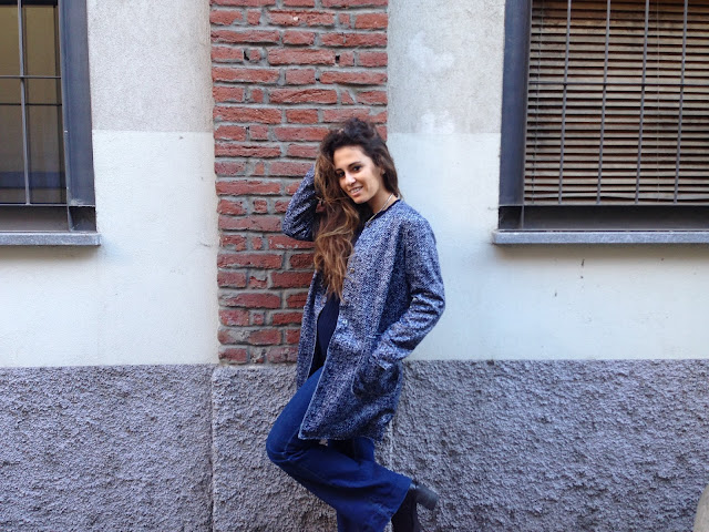 pantaloni a zampa, cappotto blu e la prima sessione esami, studente in crisi, fashion blogger outfit, ovspeople, ovsjourney, fashion need, valentina rago, fashion blogger italia, fashion blogger outfit