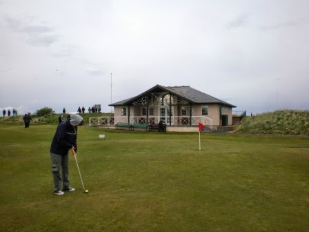 Playing the world's first miniature golf course at St Andrews