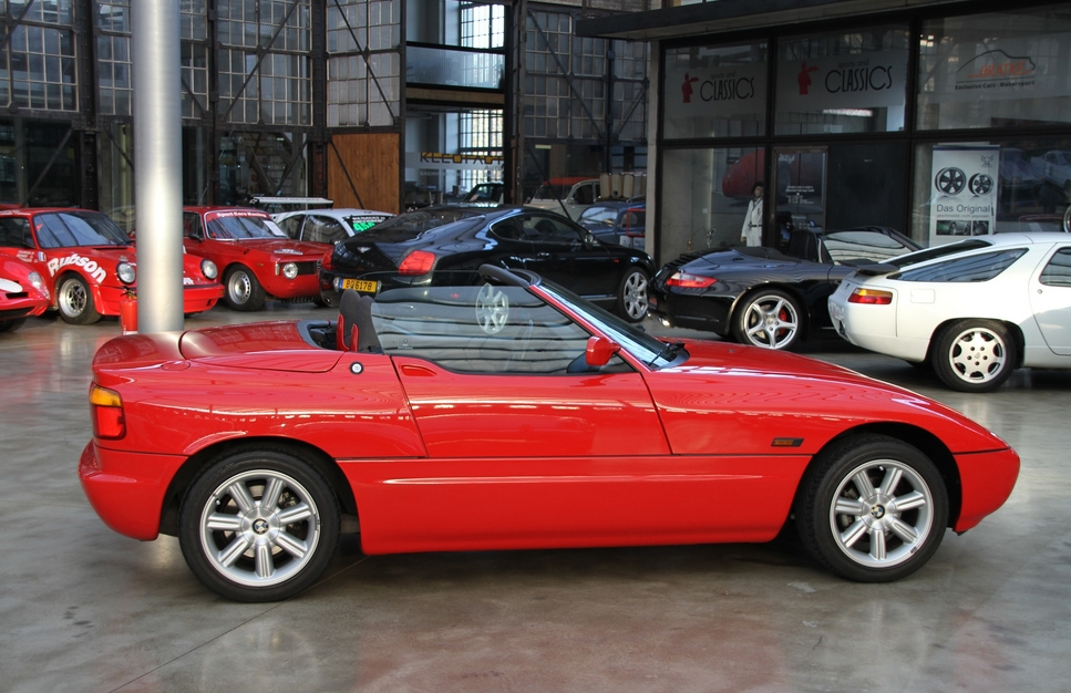 bmw bmw z1 roadster. Black Bedroom Furniture Sets. Home Design Ideas