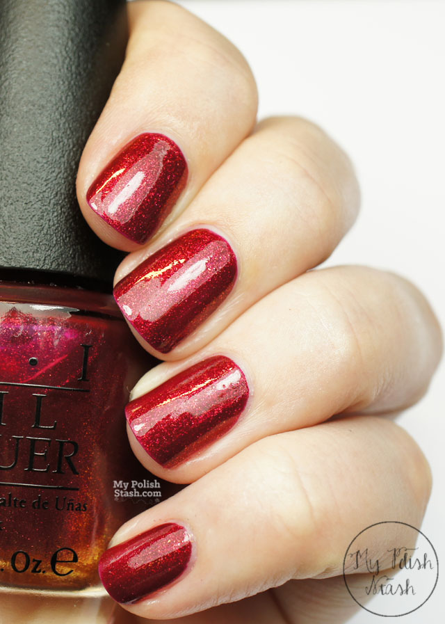 red nail polish christmas