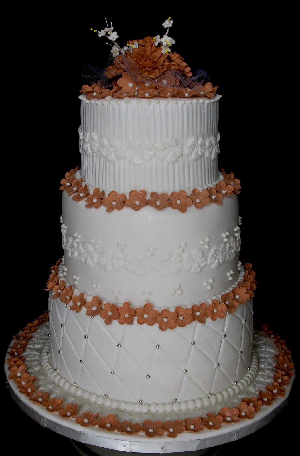 Sugarcraft by soni three layer wedding cake blossoms for Wedding cake layer