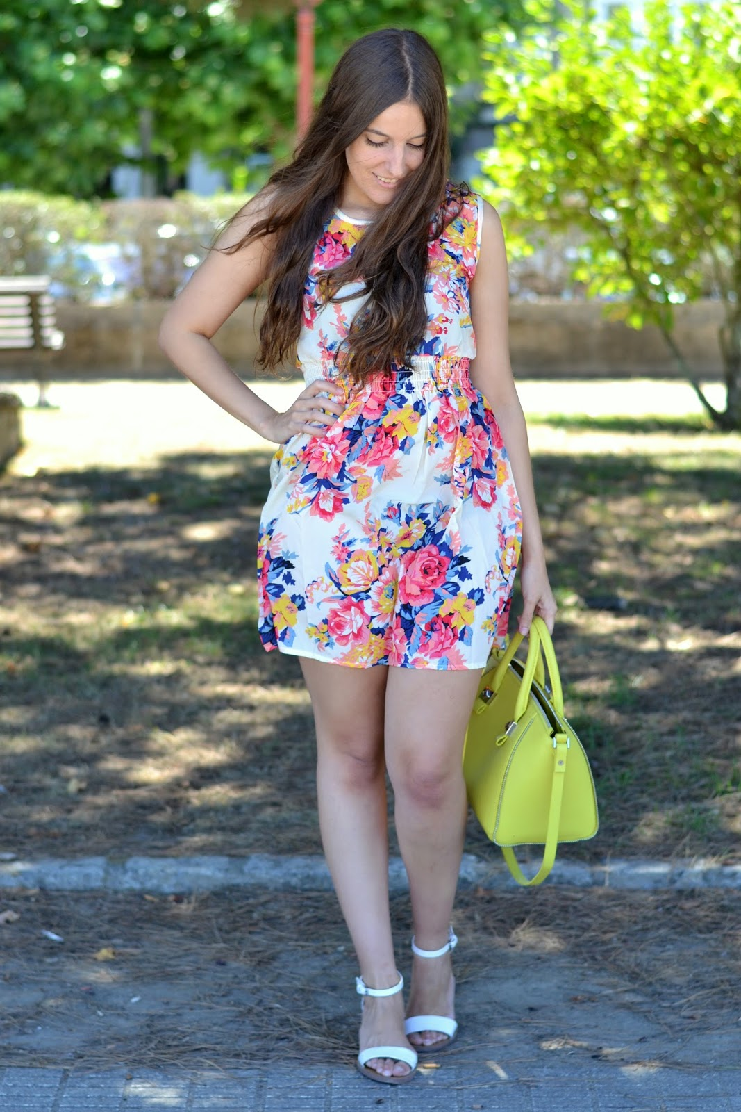 looks vestido de flores de cndirect