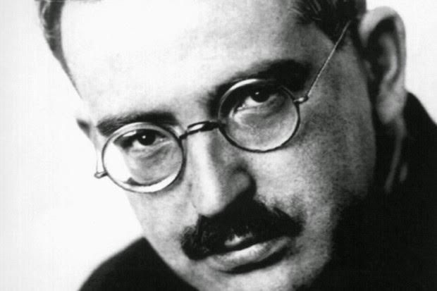 BENJAMIN FLâNEUR
