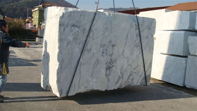 Granite Stone Blocks : Natural stone source from earth to slab