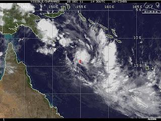 009 Australische Zyklonsaison 2011-2012: Tropisches Tief 1 (potenziell Tropischer Zyklon FINA) bildet sich vor Nordost-Australien, Fina, Australien, Australische Zyklonsaison, 2011, Dezember, aktuell, Satellitenbild Satellitenbilder,