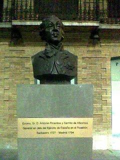 Estatua General Antonio Ricardos y Carrillo de Albornoz (Somontano, Huesca, Aragón, España)