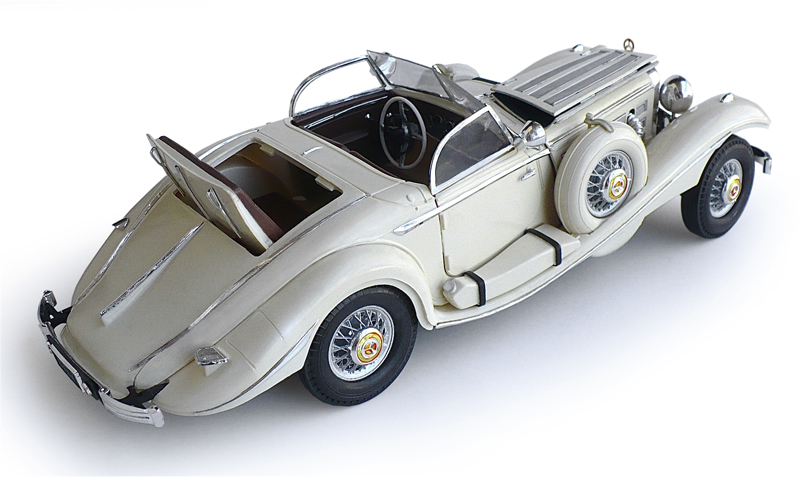 here are some images of minicrafts 116 scale 1936 mercedes benz 540k maharaja