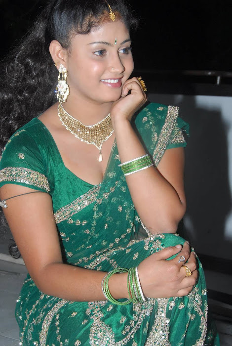 amrutha valli in saree actress pics