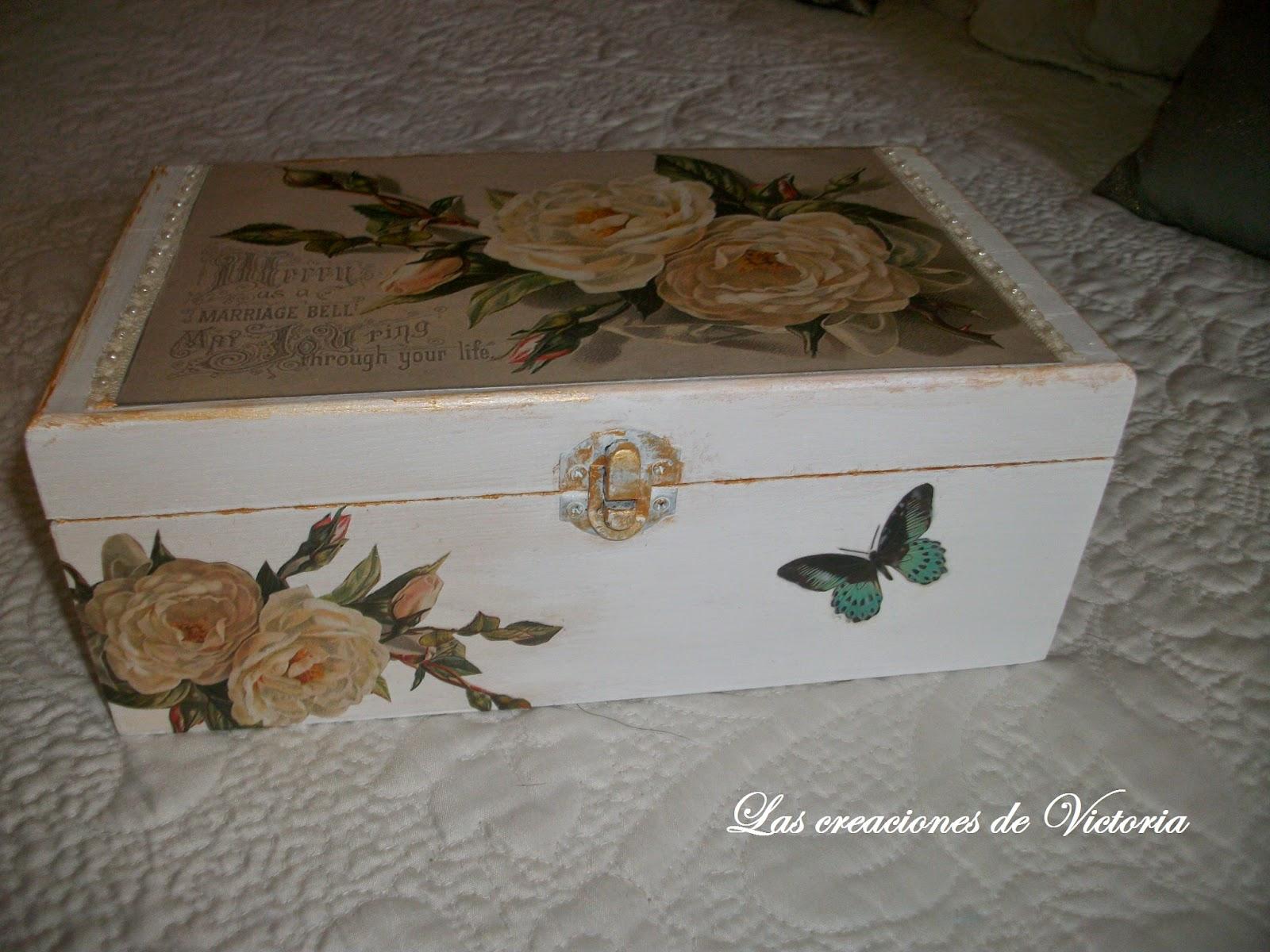 Las creaciones de Victoria.Caja vintage. Caja de madera con decoupage.