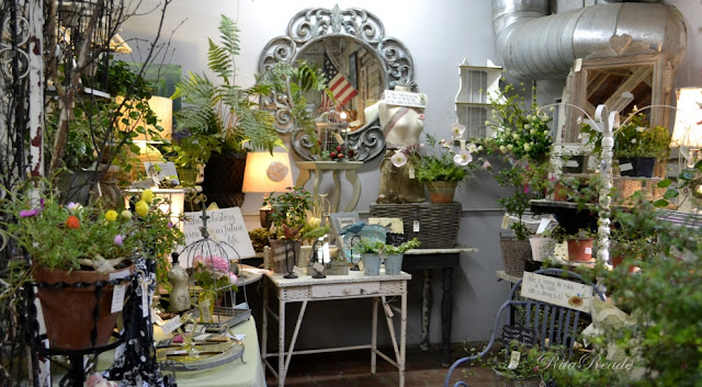 Mammabellarte : COUNTRY ROADS ANTIQUES AND GARDENS