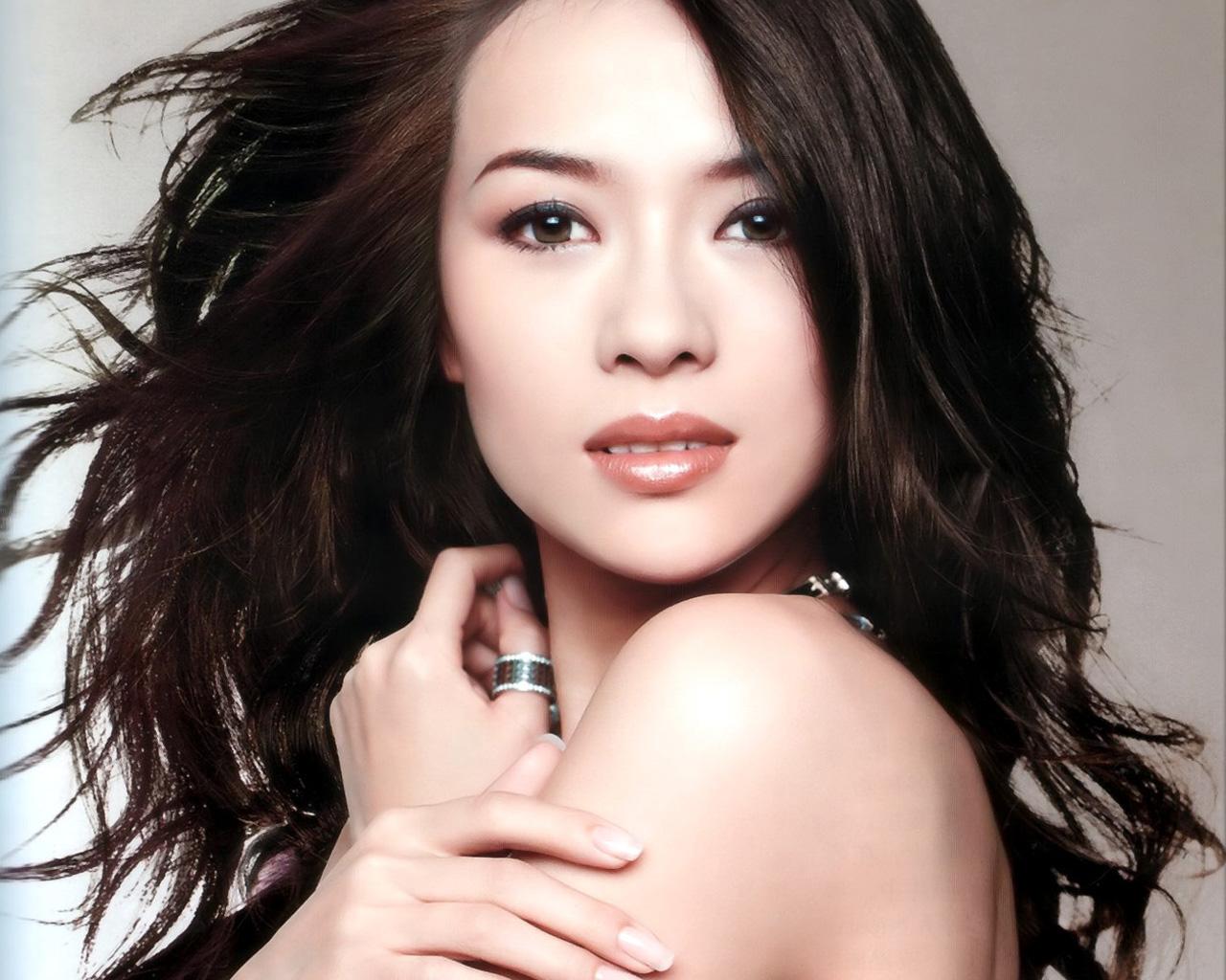 http://4.bp.blogspot.com/-WLmV6kZrFDw/To7pa85tYuI/AAAAAAAAAMc/l1kxJb7vIUY/s1600/zhang-ziyi-the-most-popular-chinese-idol-in-hollywood-1.jpg