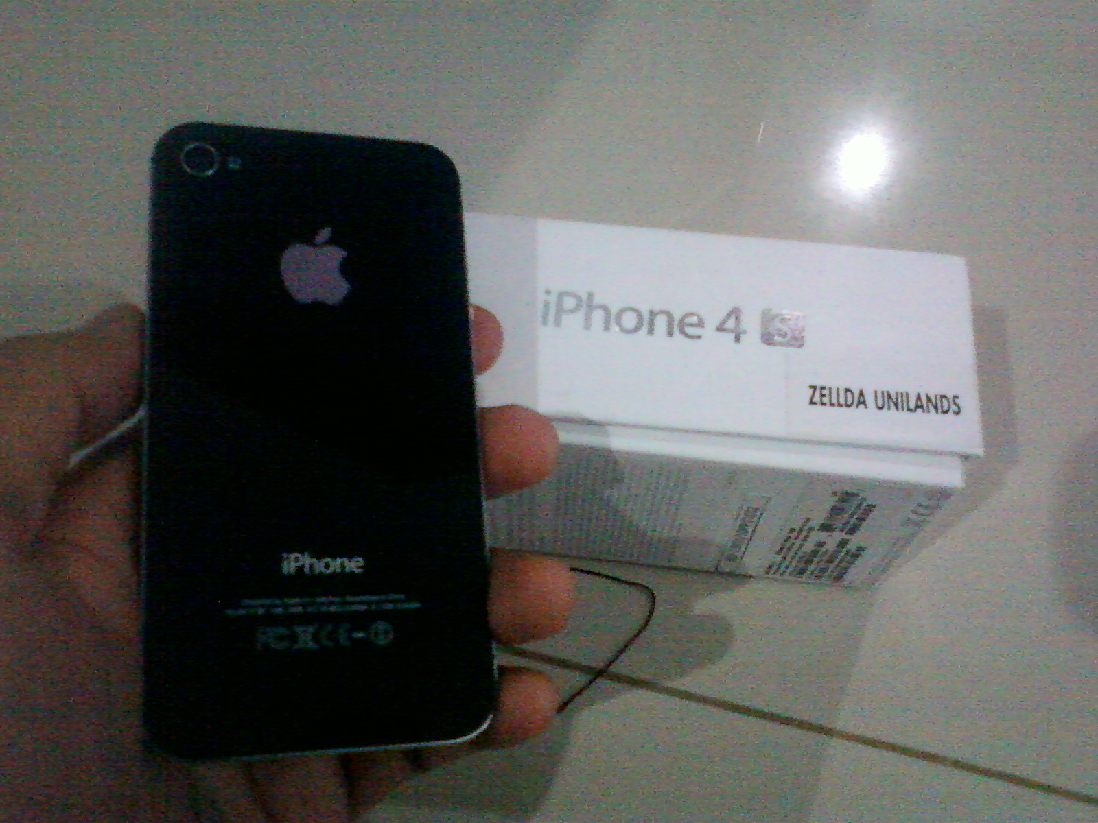 ... jual iphone kesayangan ane nie yang ane pake sehari2 oya di iphone nya