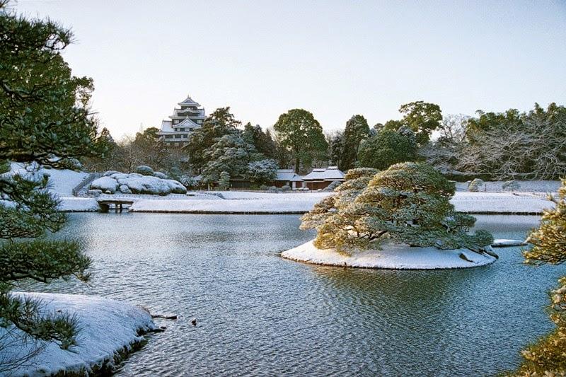 Okayama gardens, Okayama Winter, Taste of Okayama, Japan - Food, Fruits, Tourism, White Peach, Pione Grape, Muscat Grape