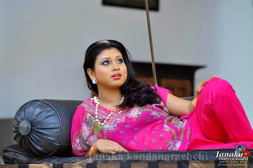 kaveesha ayeshani sl actress hot
