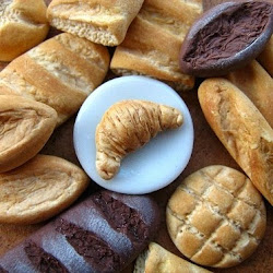 Miniature breads and croissant