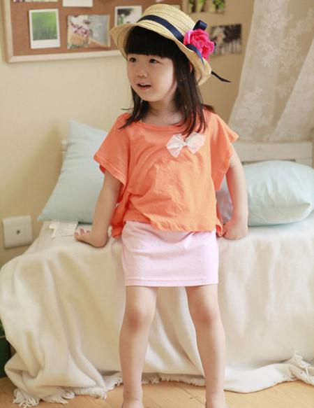 quan ao tre em 1 Ngày nóng nên chọn quần áo trẻ em thế nào cho thích hợp?