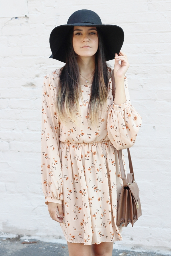 Jessica Lemos jesslemos jess Pink Blush peasant long sleeve floral dress open back floppy hat brown satchel Jenny Present charm gemstone necklace