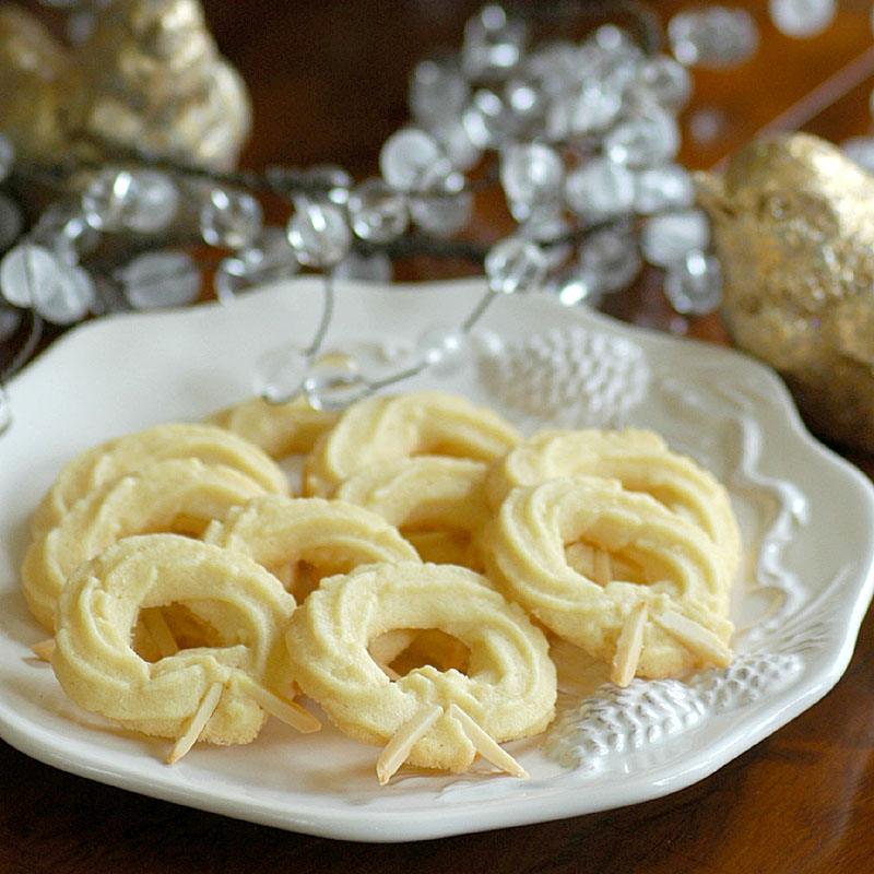 Danish Wreath Cookies
