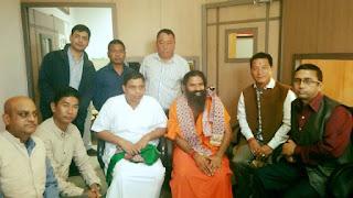 Bimal Gurung with Baba Ramdev, Acharya Balkrishna