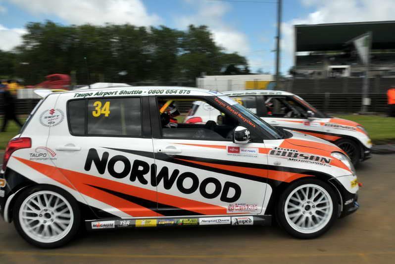 New Zealand Suzuki Swift Sport Cup, niedrogie hatchbacki do wyścigów, japońskie auta