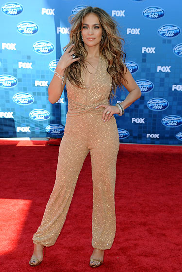who loves her jumpsuits!