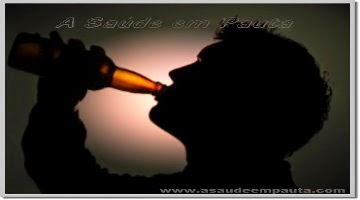 Beber demais faz mal. Conheça os graus de risco do álcool.