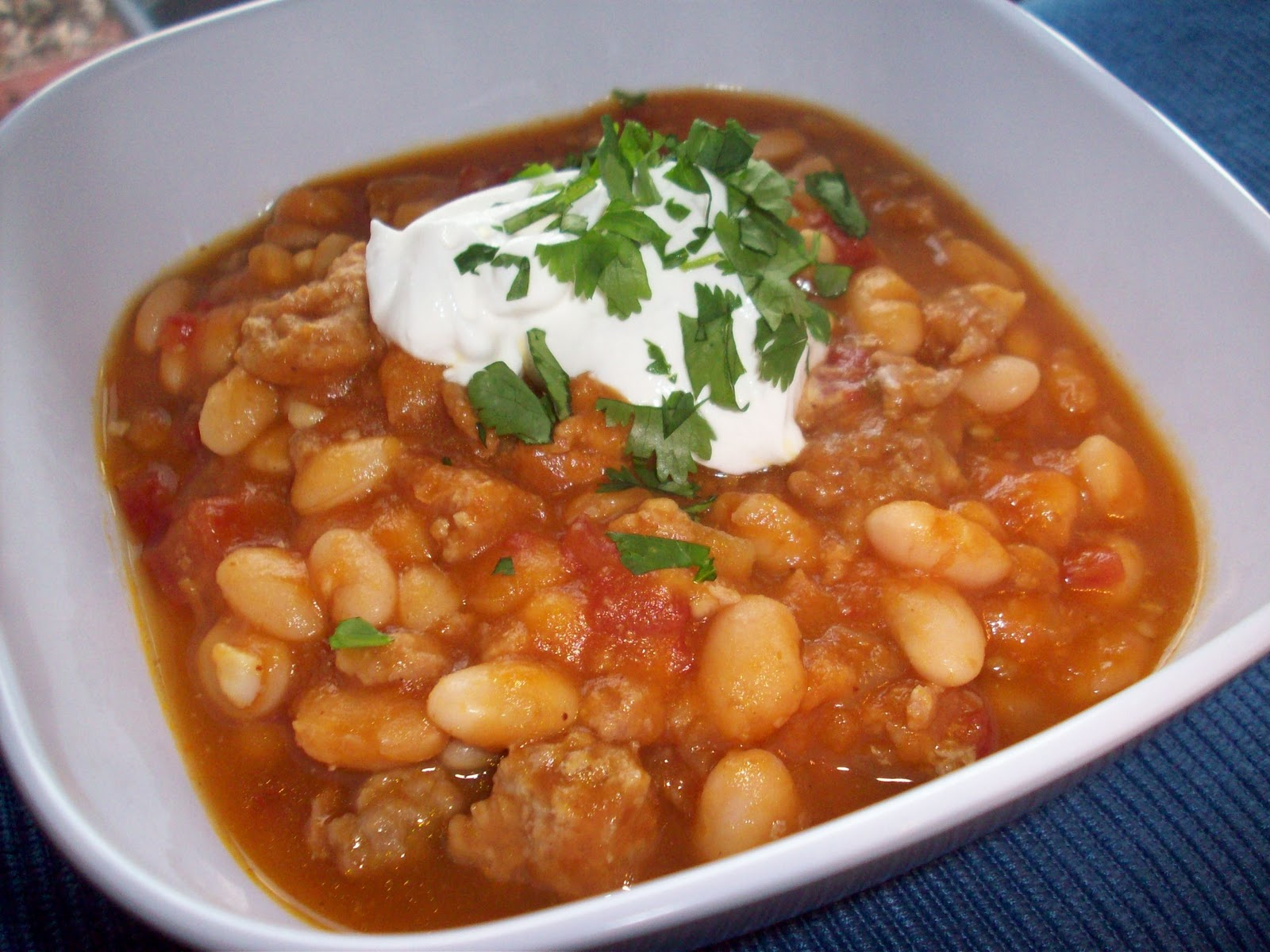 ... !: Soups for a Saturday: Crock Pot Turkey White Bean Pumpkin Chili