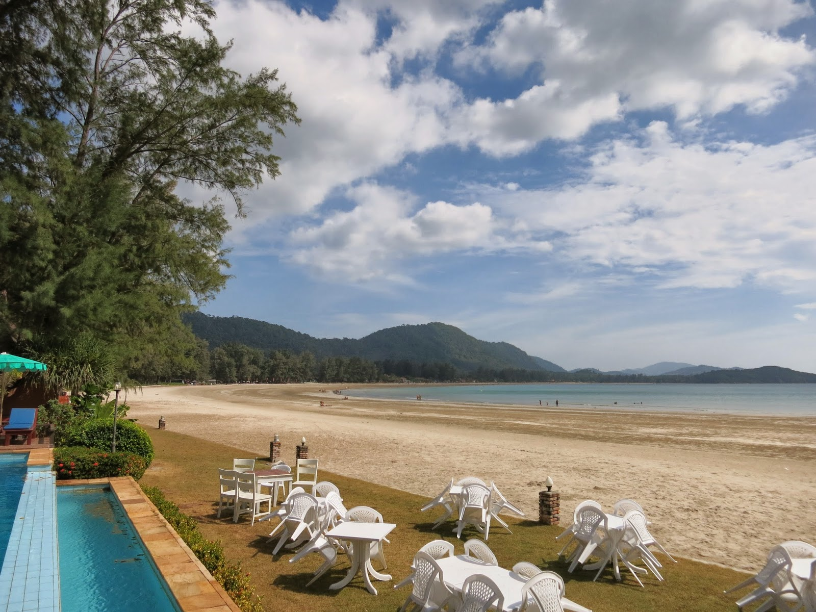 Twin Bay Resort, Kow Kwang beach, Koh Lanta, beach