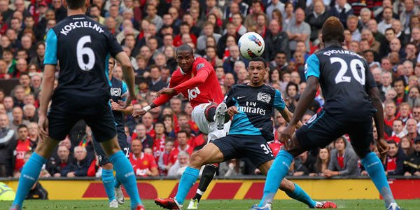 Prediksi Skor Manchester United vs Arsenal 3 November 2012