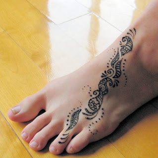 Caring for henna tattoo