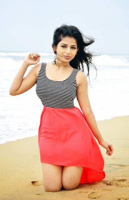 Actress Iswarya Menon Latest Pictureshoot Gallery 1.JPG