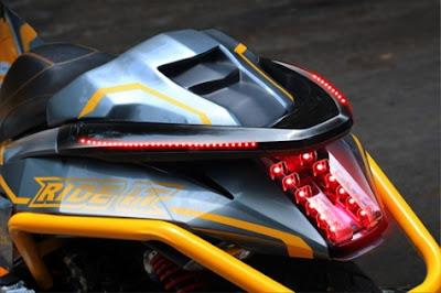 modifikasi lampu belakang keren honda pcx 150.jpg